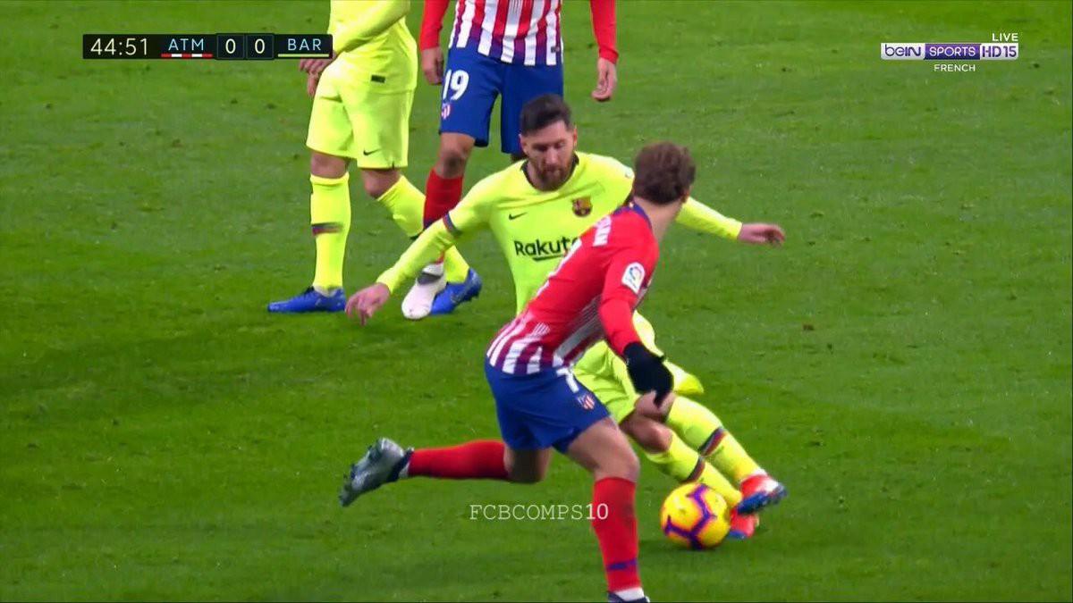 Pha bóng cho thấy tại sao Messi được gọi là thiên tài - Ảnh 3.