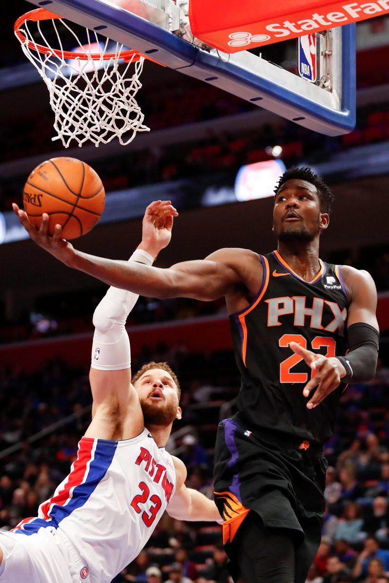 Tân binh DeAndre Ayton đang trên đường lập mùa giải lịch sử tại NBA - Ảnh 1.