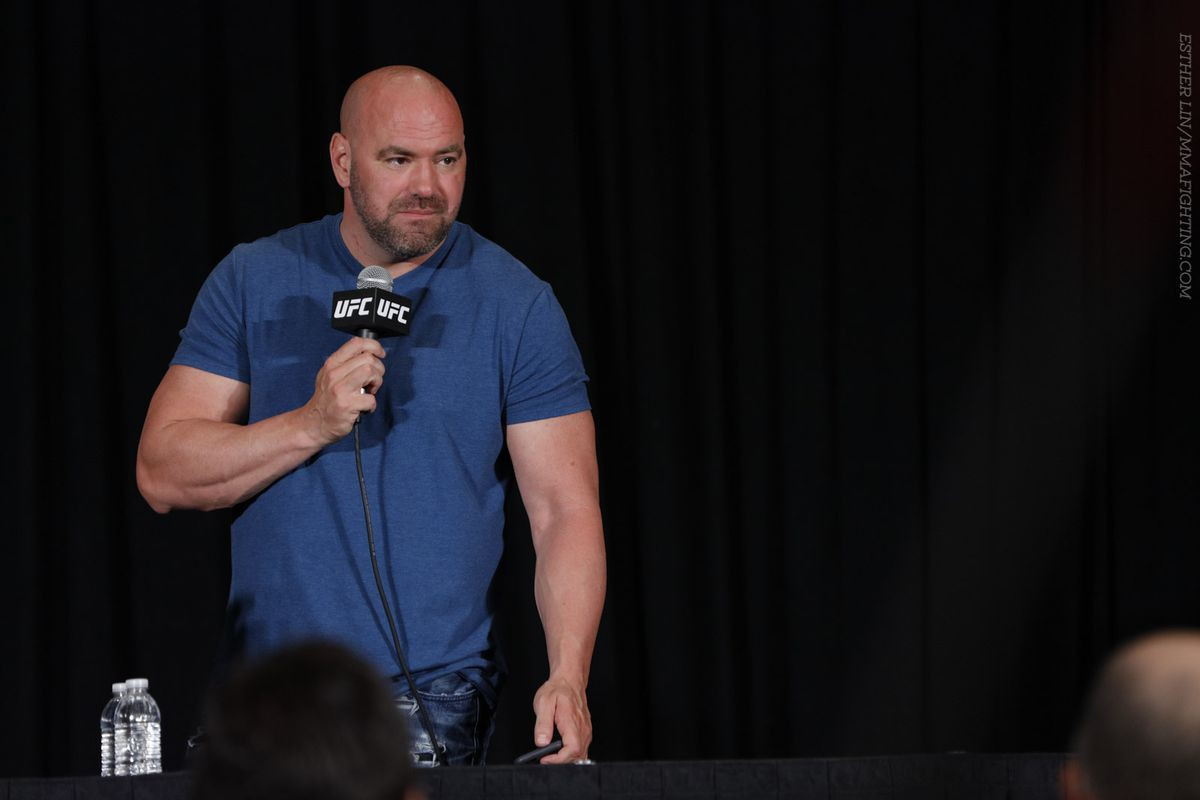 Tito Ortiz tới Dana White: Tôi và Chuck nhận được bao nhiêu trong cái tổng 4 tỉ của UFC? - Ảnh 1.