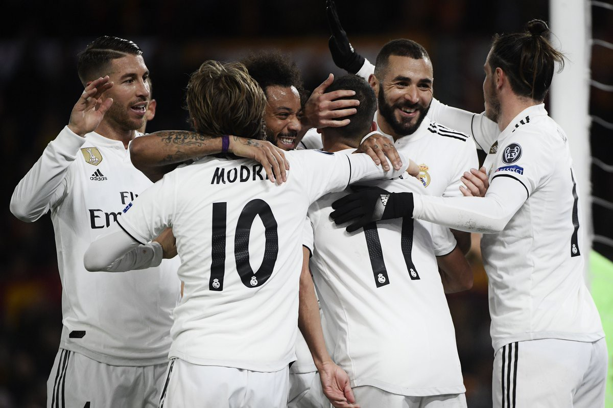 Kỷ lục 100 của Benzema và top 5 điểm nhấn đáng chú ý ở trận AS Roma - Real Madrid - Ảnh 2.