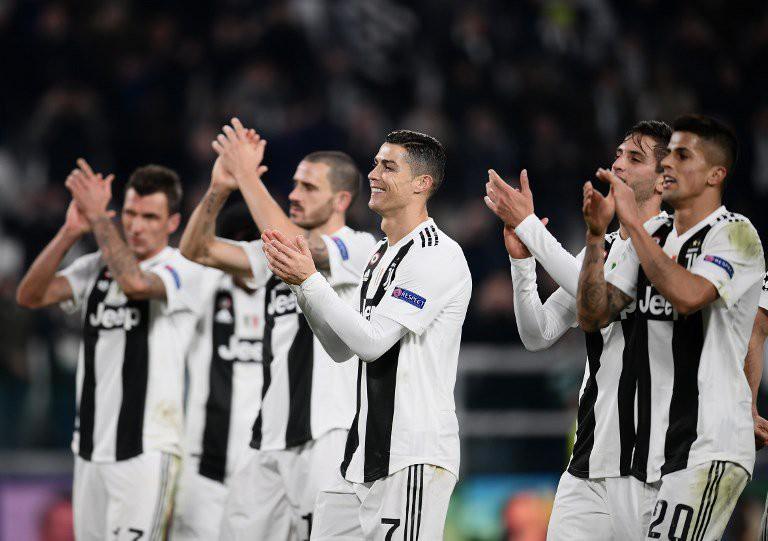 Ronaldo kiến tạo ngoạn mục và cán mốc 100 trận thắng, giúp Juventus giành vé - Ảnh 3.