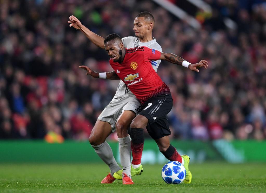 Mourinho nổi cơn tam bành, Fellaini tái hiện kỳ tích của Ronaldo và những điểm nhấn khi Man Utd hạ Young Boys - Ảnh 7.