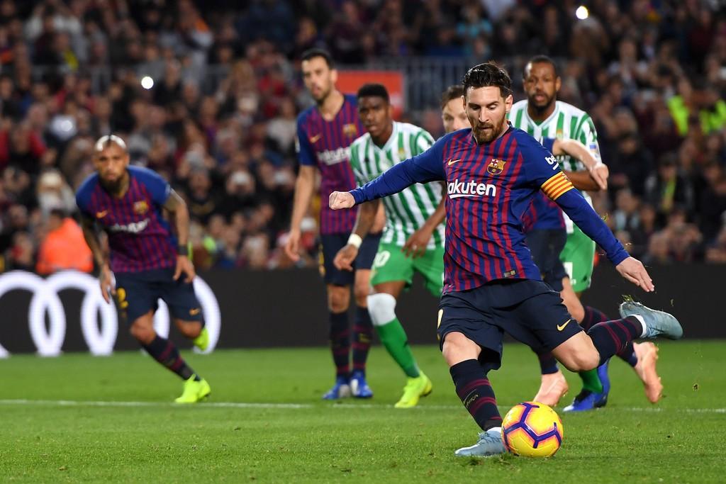 Barca sẽ tung ra cây đinh ba mới nào cho trận gặp PSV tại Champions League? - Ảnh 4.