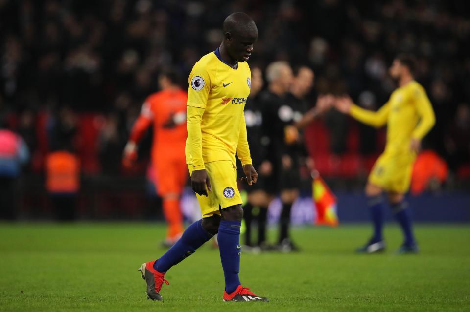 Maurizio Sarri chỉ trích NGolo Kante, liệt kê chi tiết sai lầm của tiền vệ người Pháp trong trận thua Tottenham - Ảnh 1.
