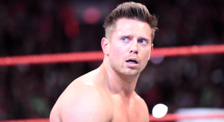 WWE - Trò thể thao tàn bạo hay vở kịch đẫm máu  - Ảnh 4.