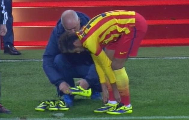 Neymar chọc thủng lưới Liverpool và đi vào lịch sử C1/Champions League nhờ màn... thay giày? - Ảnh 4.