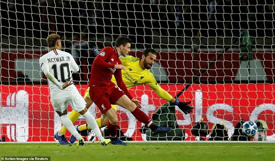 Neymar chọc thủng lưới Liverpool và đi vào lịch sử C1/Champions League nhờ màn... thay giày? - Ảnh 3.