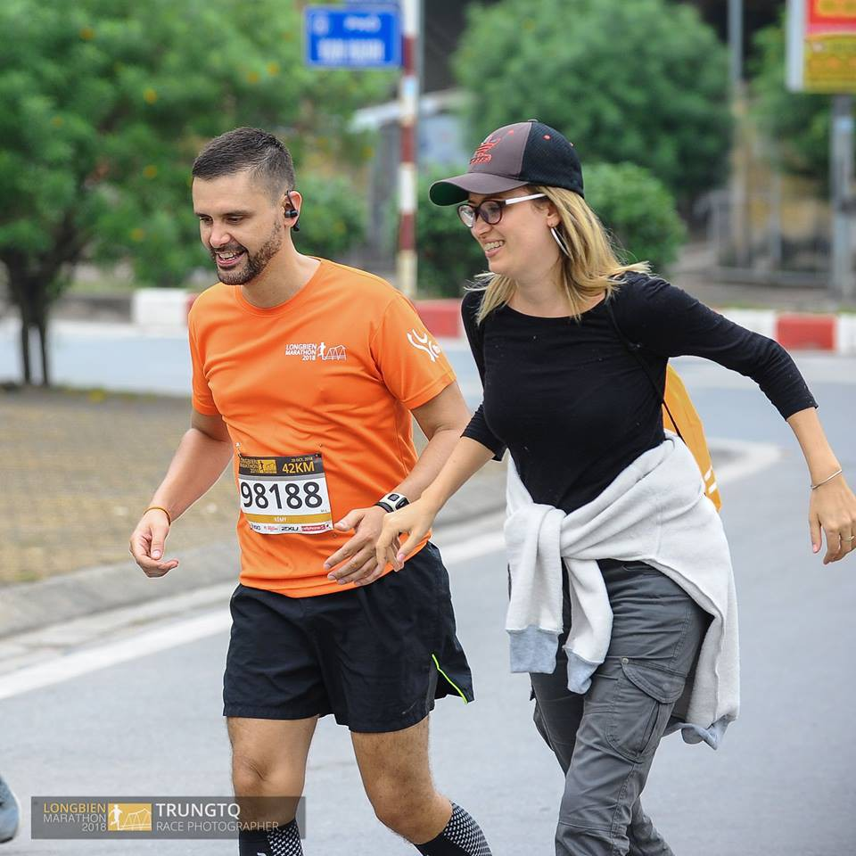 GÓC THÚ NHẬN: Chạy bộ không đẹp như tôi tưởng... chỉ thấy mệt tới chết - Ảnh 7.