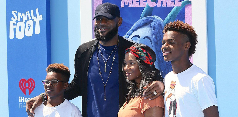 LeBron James muốn con trai được huyền thoại bóng rổ Mỹ dạy dỗ  - Ảnh 1.