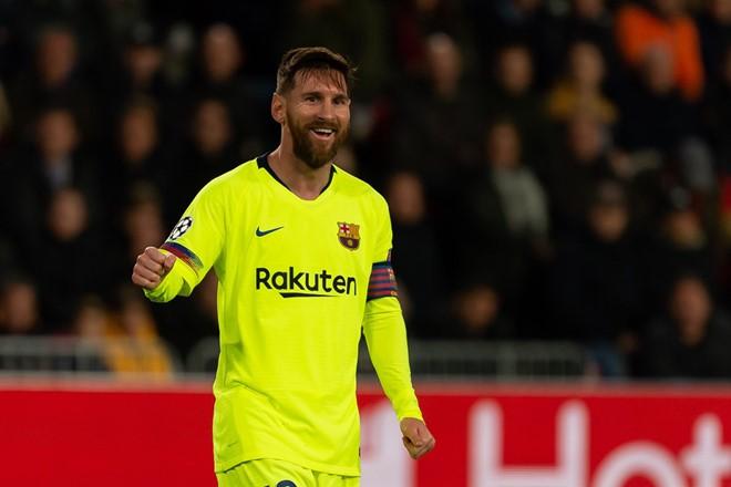 Messi tiếp tục gây bão với khoảnh khắc thiên tài ở trận gặp PSV - Ảnh 1.
