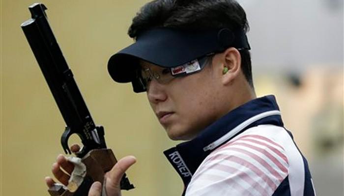 Siêu xạ thủ thế giới Jin Jong Oh đến Việt Nam - Ảnh 2.