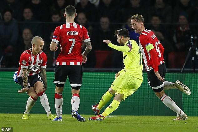 Lionel Messi sẽ làm chậm đối thủ tuổi già như thế nào? - Ảnh 1.