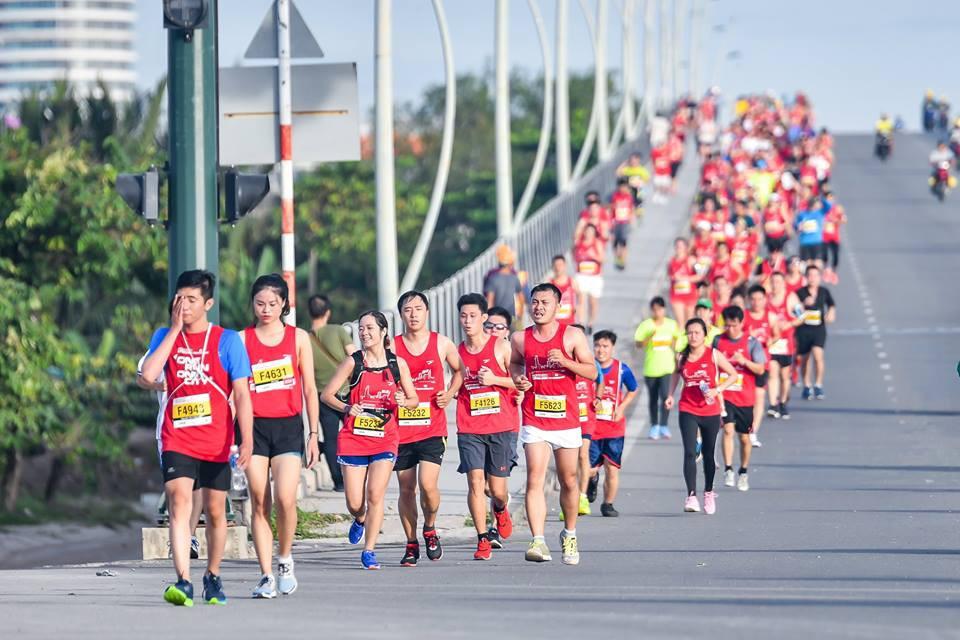 13 chiêu để hoàn thành TCB Hochiminh City Marathon một cách thần thái nhất - Ảnh 7.