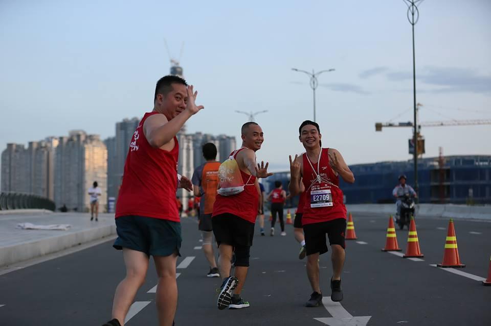 13 chiêu để hoàn thành TCB Hochiminh City Marathon một cách thần thái nhất - Ảnh 4.