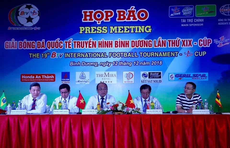Tiền vệ Tuấn Anh tái xuất ở giải giao hữu truyền thống nhất Việt Nam - Ảnh 2.