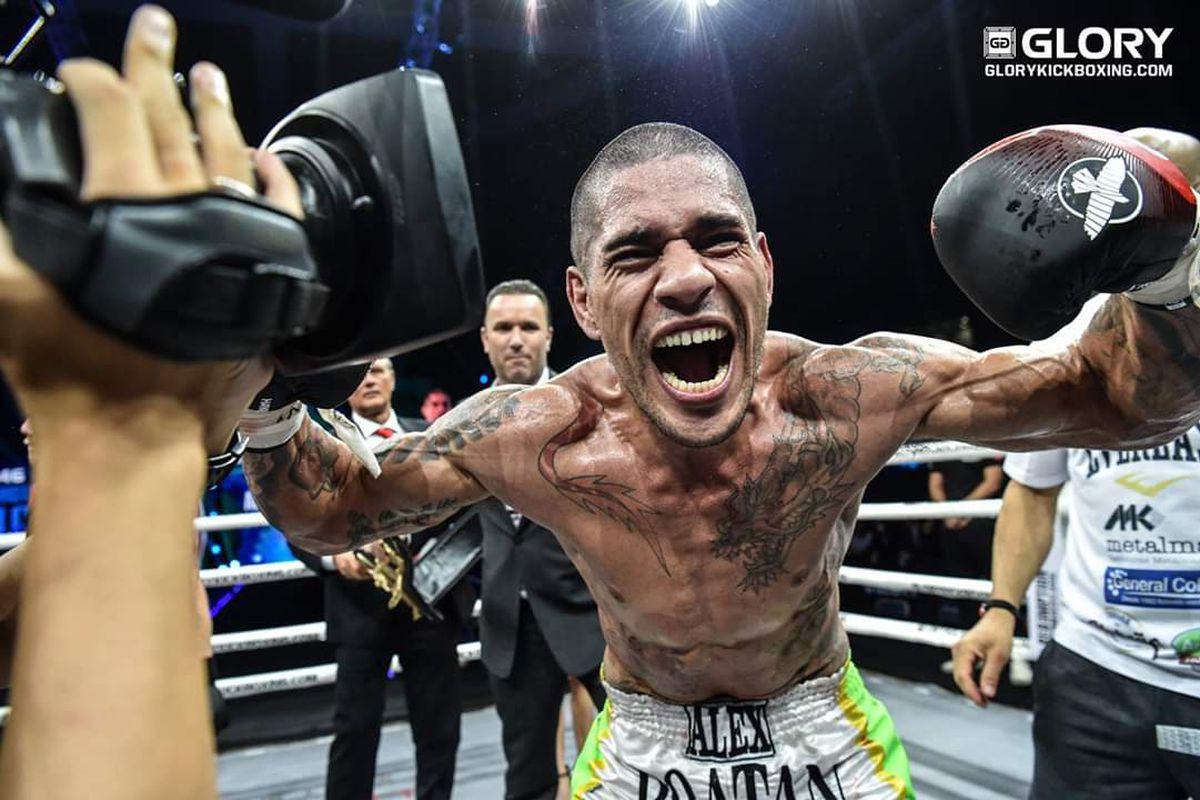 Đối phó với Adesanya, Anderson Silva bạo tay thuê người duy nhất từng hạ KO cựu vương Kickboxing - Ảnh 3.