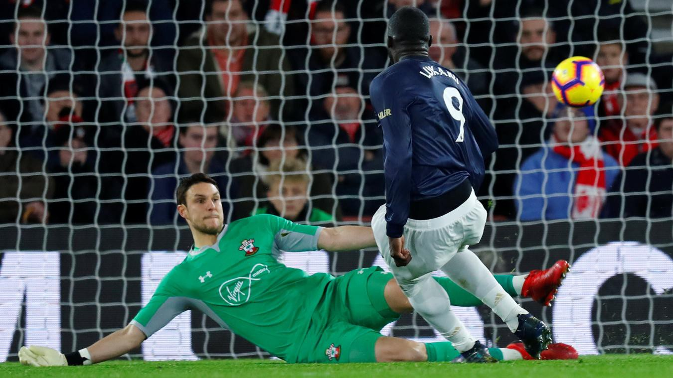 HLV Mourinho: Man Utd thủng lưới vì thiếu mẫu cầu thủ chó điên - Ảnh 4.
