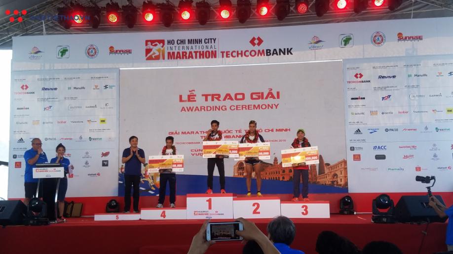 Nguyễn Khoa, Lò Thị Thanh VĐ giải chạy marathon quốc tế TPHCM - Ảnh 7.