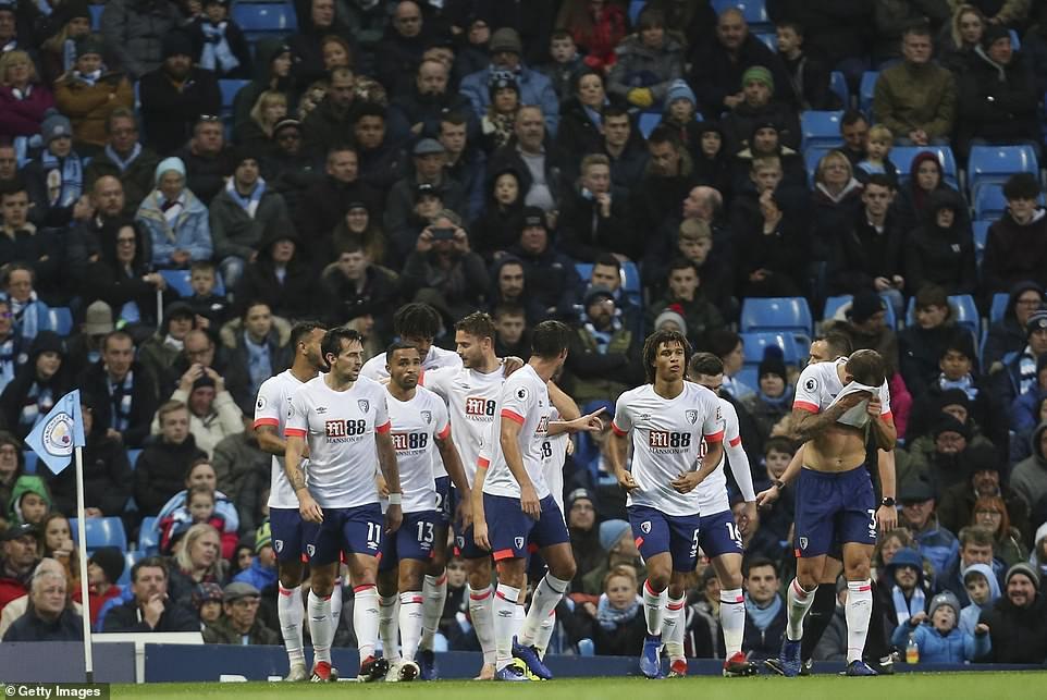 """""""Ngư ông đắc lợi"""" và Top 5 điểm nhấn khi Man City hạ Bournemouth thắng trận thứ 6 liên tiếp - Ảnh 4."""