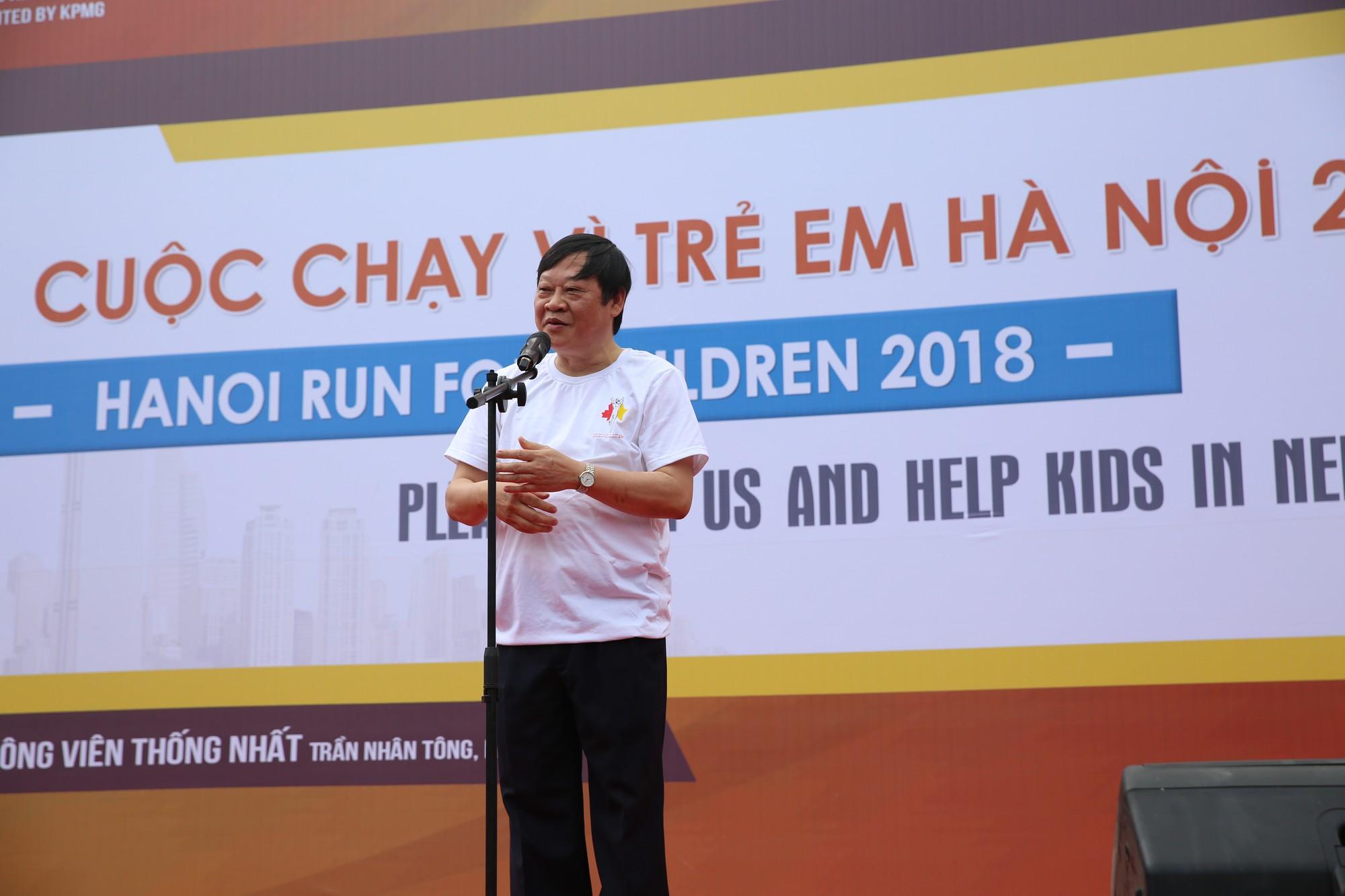 Chạy vì trẻ em Hà Nội 2018 thu hút hàng nghìn người tham dự, quyên góp hơn 1 tỷ đồng - Ảnh 3.