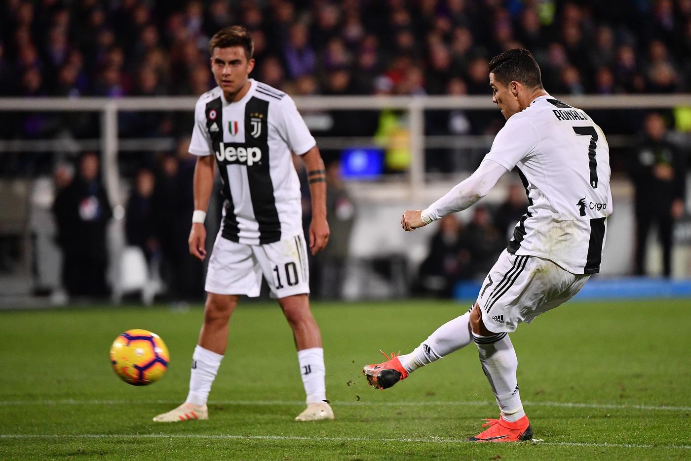 Ronaldo san bằng kỷ lục 60 năm và những điểm nhấn từ trận Fiorentina - Juventus - Ảnh 1.