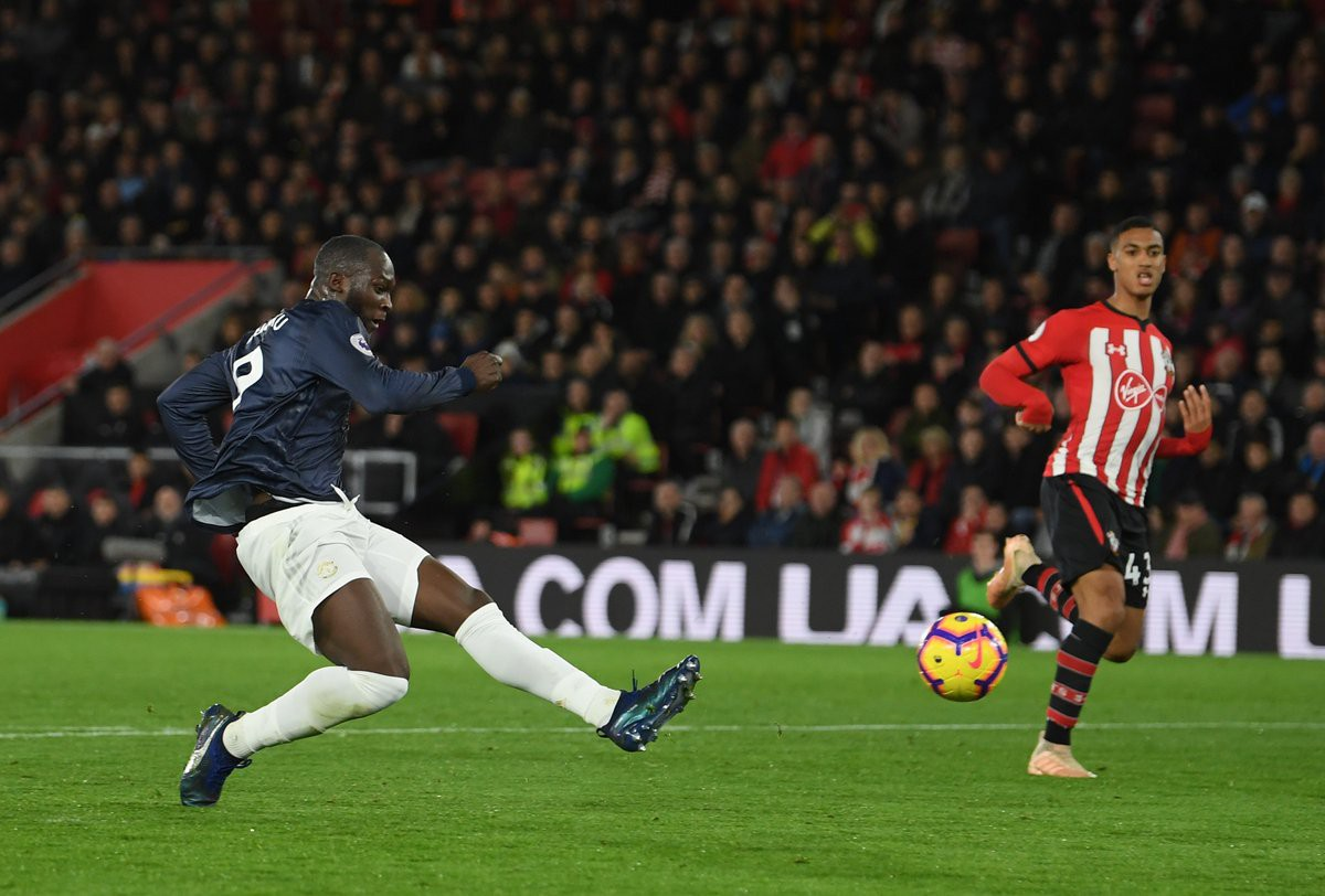 Pogba chơi như không có não; hàng công Man Utd được chấm điểm cao nhất khi bị Southampton cầm hòa - Ảnh 3.