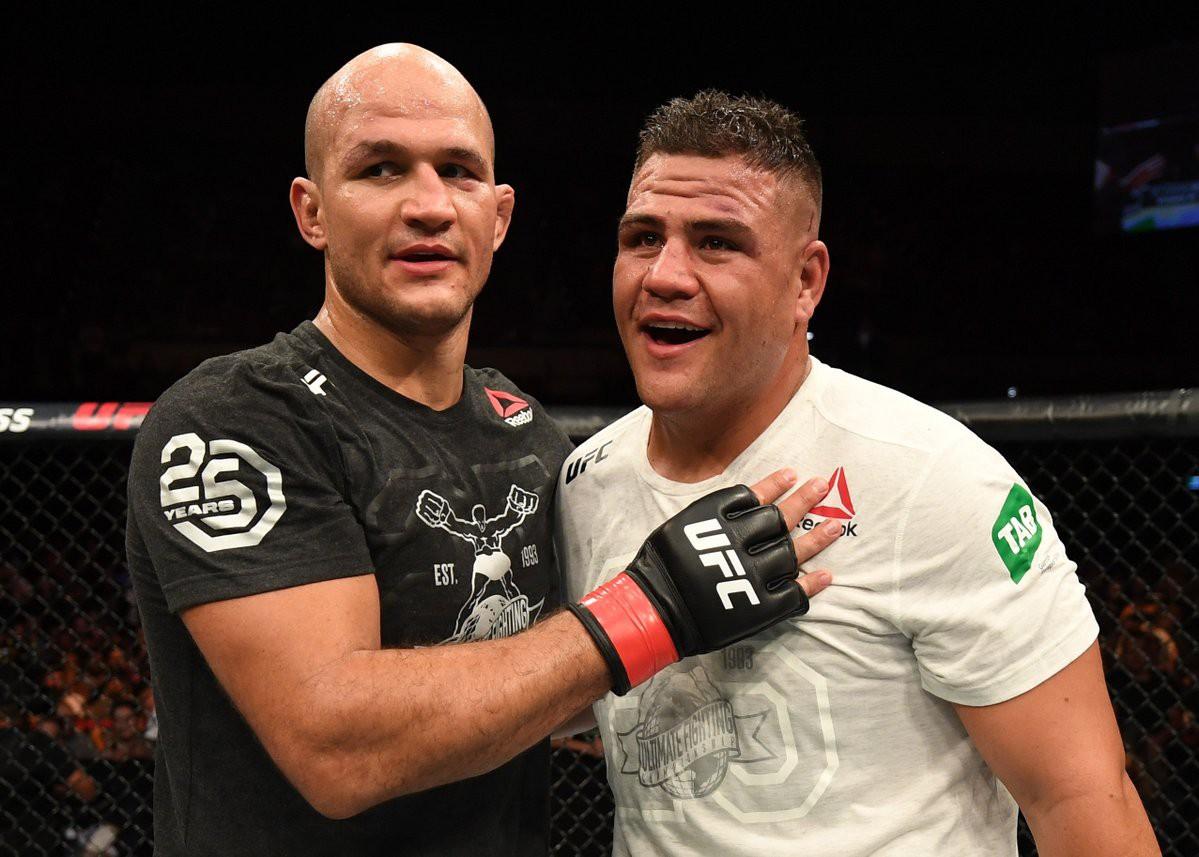 Giành chiến thắng KO tại Úc, Junior dos Santos muốn tái đấu với bạn cũ Alistair Overeem - Ảnh 5.