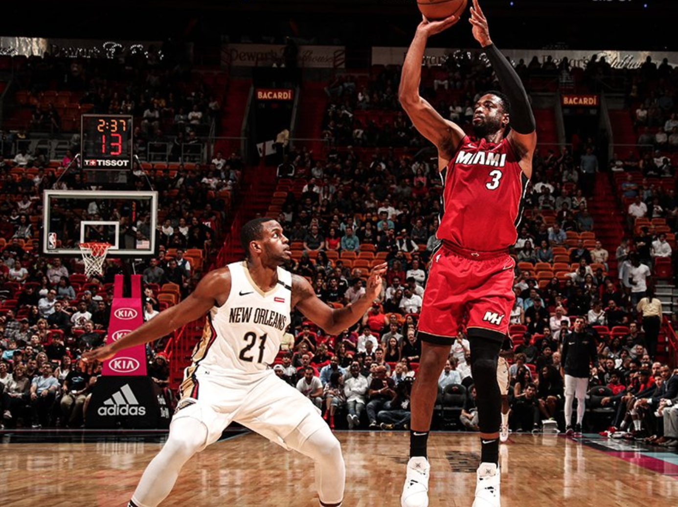 Miami Heat phải từ bỏ bộ đồng phục City Edition siêu đẹp chỉ vì... quá xui xẻo - Ảnh 2.