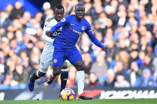 CĐV Chelsea và HLV Sarri choáng váng với màn trình diễn của Kante sau khi bị công kích - Ảnh 1.