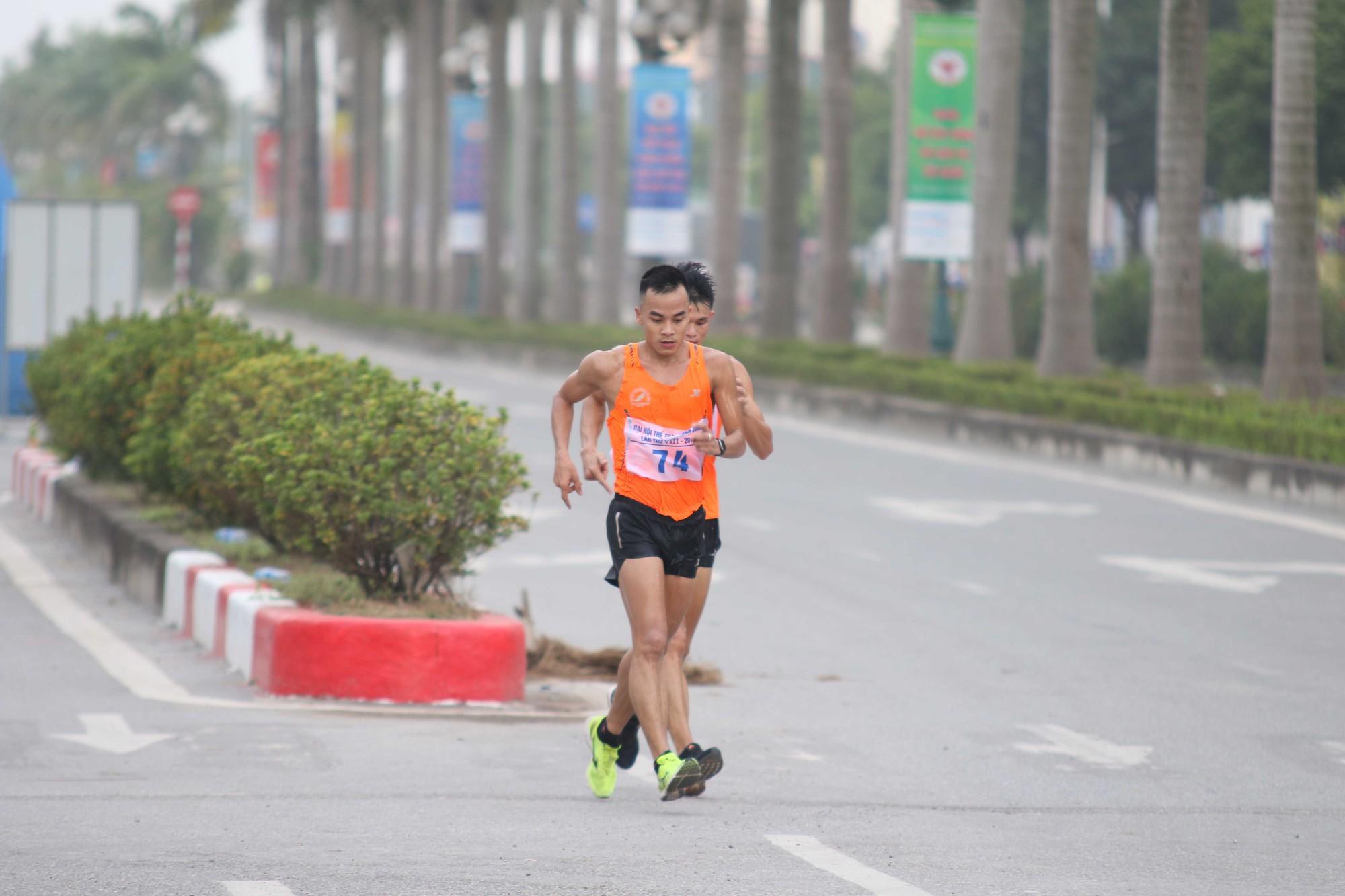Hồng Lệ và Thế Anh vô địch marathon, chị em Thành Ngưng-Thanh Phúc không có đối thủ - Ảnh 3.