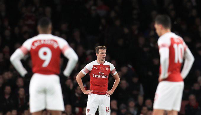 Hiệu suất ghi bàn khó tin của Aubameyang, lần đầu của Torreira và những điểm nhấn khi Arsenal ngược dòng hạ Tottenham - Ảnh 2.