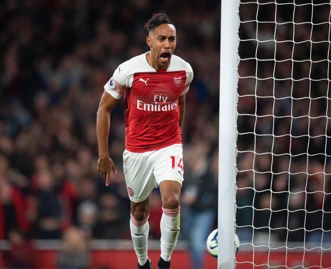 Hiệu suất ghi bàn khó tin của Aubameyang, lần đầu của Torreira và những điểm nhấn khi Arsenal ngược dòng hạ Tottenham - Ảnh 4.