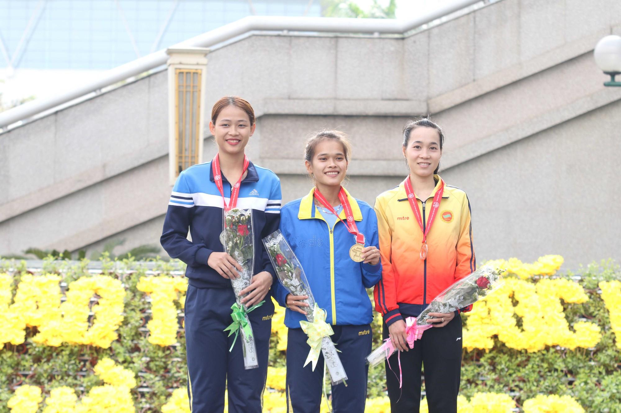 Hồng Lệ và Thế Anh vô địch marathon, chị em Thành Ngưng-Thanh Phúc không có đối thủ - Ảnh 6.