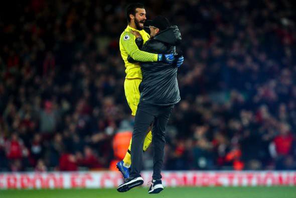 HLV Klopp lên tiếng xin lỗi Everton sau chiến thắng nghẹt thở phút bù giờ - Ảnh 4.