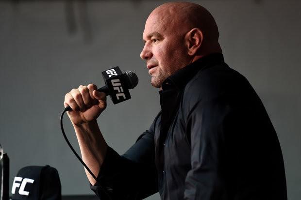 De La Hoya: Dana White nên ngậm miệng lại và lo mà cứu lấy UFC của hắn - Ảnh 2.