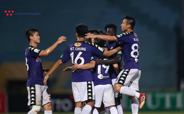 HLV Miura thấy bất thường với số bàn thắng khủng ở vòng 18 V.League 2018 - Ảnh 2.