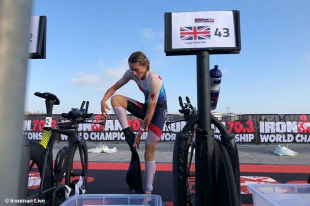 Ironman 70.3 World Championship: Daniela Ryf chạy thả rông đăng quang lần thứ 4 - Ảnh 1.