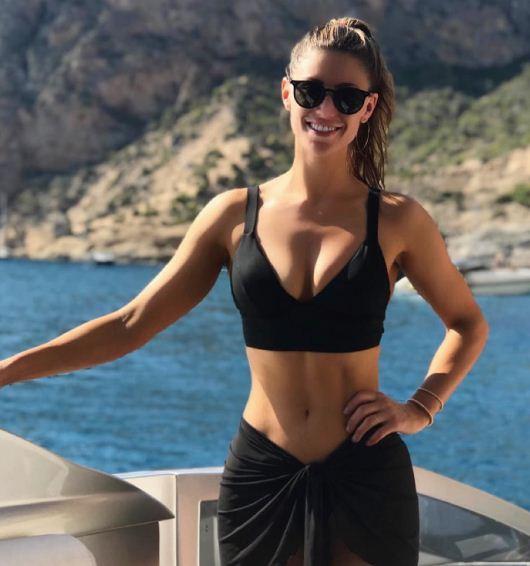 Pau Gasol vui vẻ bên bạn gái xinh đẹp tại đảo du lịch Ibiza - Ảnh 2.