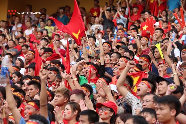Chùm ảnh: Lệ tuôn rơi vì Olympic Việt Nam - Ảnh 5.