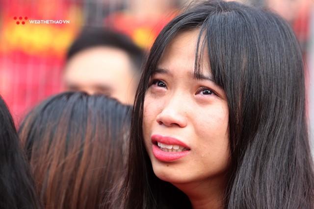 Chùm ảnh: Lệ tuôn rơi vì Olympic Việt Nam - Ảnh 17.