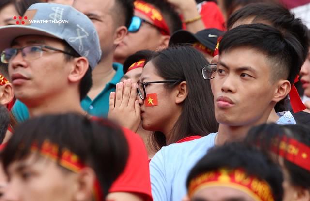 Chùm ảnh: Lệ tuôn rơi vì Olympic Việt Nam - Ảnh 8.