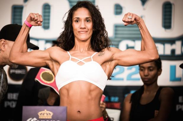 Cô gái Puerto Rico 29 tuổi trở thành nhà vô địch 6 hạng cân đầu tiên của giới Quyền Anh nữ - Ảnh 5.