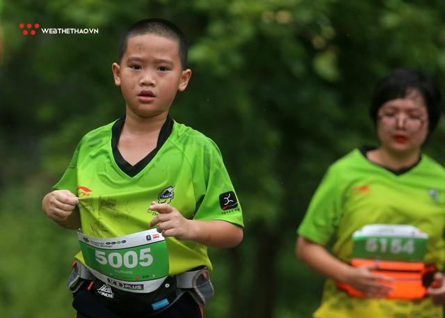 Trang An Marathon 2018: Những bước chân tí hon giữa thánh địa của Tướng Cờ Lau - Ảnh 3.