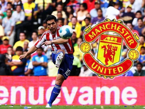 Ngôi sao lỡ cơ hội khoác áo Man Utd vì bị bắn vào đầu và giờ đi bán bánh mì - Ảnh 4.