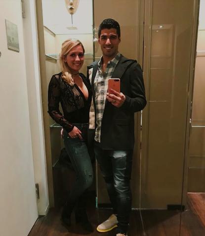 Cầu thủ bóng đá cũng phát cuồng vì sự kiện ra mắt iPhone 2018 - Ảnh 17.