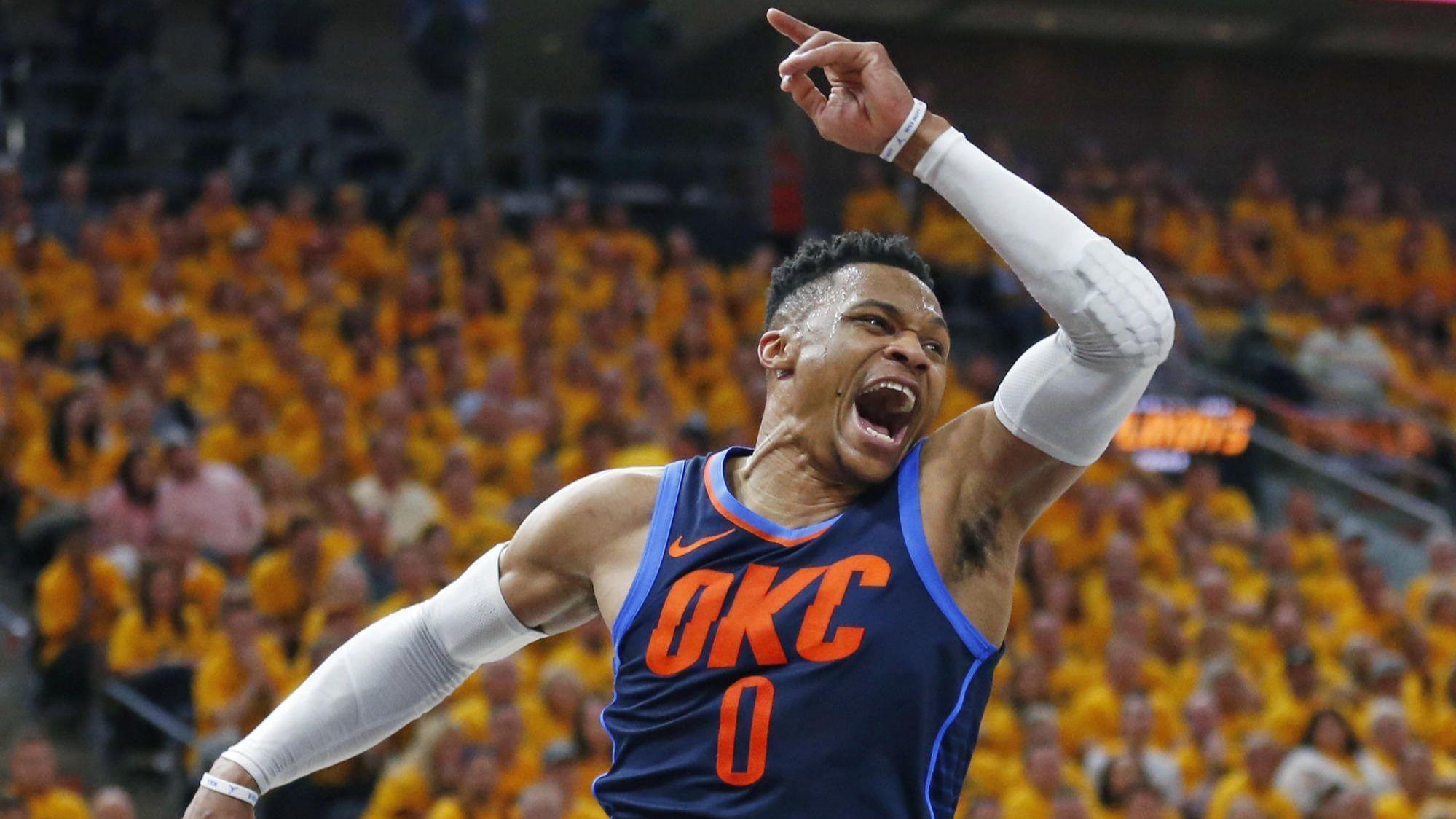 Russell Westbrook phải mổ đầu gối, CĐV Oklahoma City Thunder đứng ngồi không yên? - Ảnh 2.