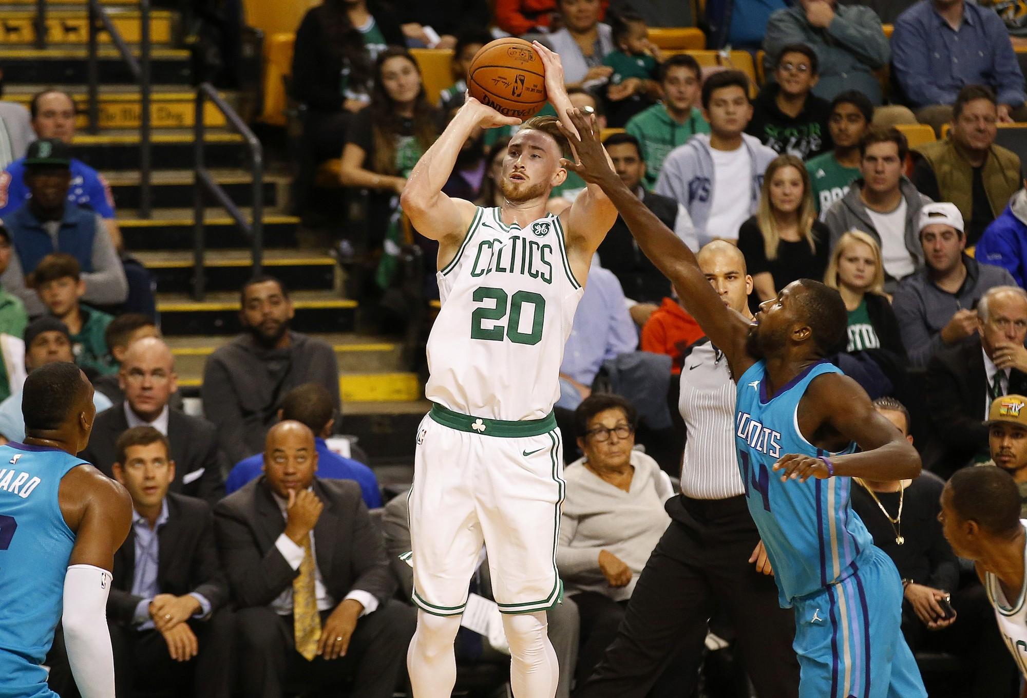 Chấn thương suốt mùa qua, Gordon Hayward vẫn đứng hạng 25 trong top 100 cầu thủ xuất sắc nhất NBA - Ảnh 1.