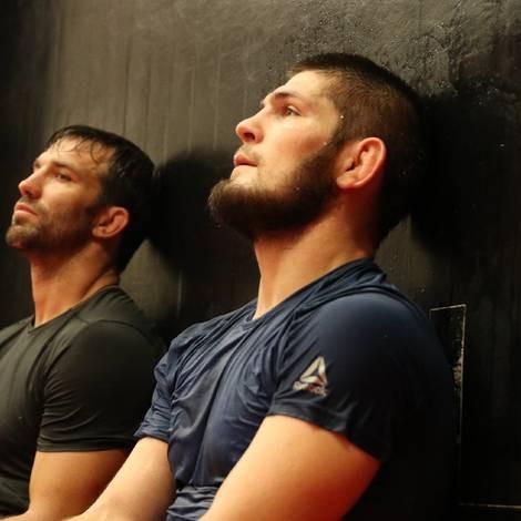 Cain Velasquez và Luke Rockhold giúp Khabib chuẩn bị trận đấu với Conor - Ảnh 13.
