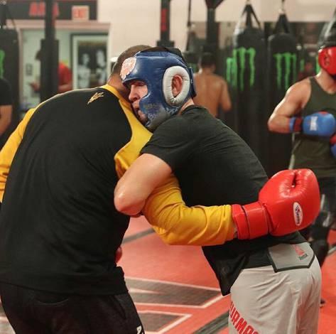 Cain Velasquez và Luke Rockhold giúp Khabib chuẩn bị trận đấu với Conor - Ảnh 8.