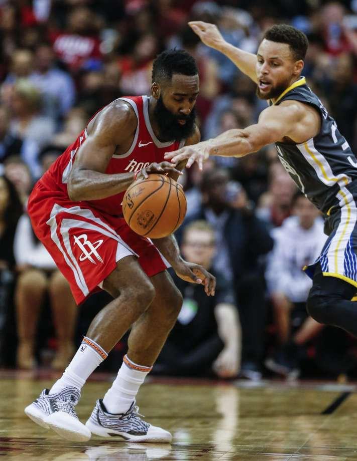 Quẩy tung NBA mùa trước, nhưng MVP James Harden chỉ xếp thứ 4 trong Top 100 cầu thủ xuất sắc nhất giải - Ảnh 2.